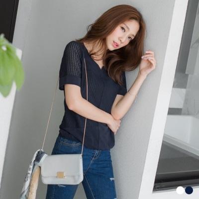 0427新品 純色鏤空網格設計下擺鬆緊上衣.2色