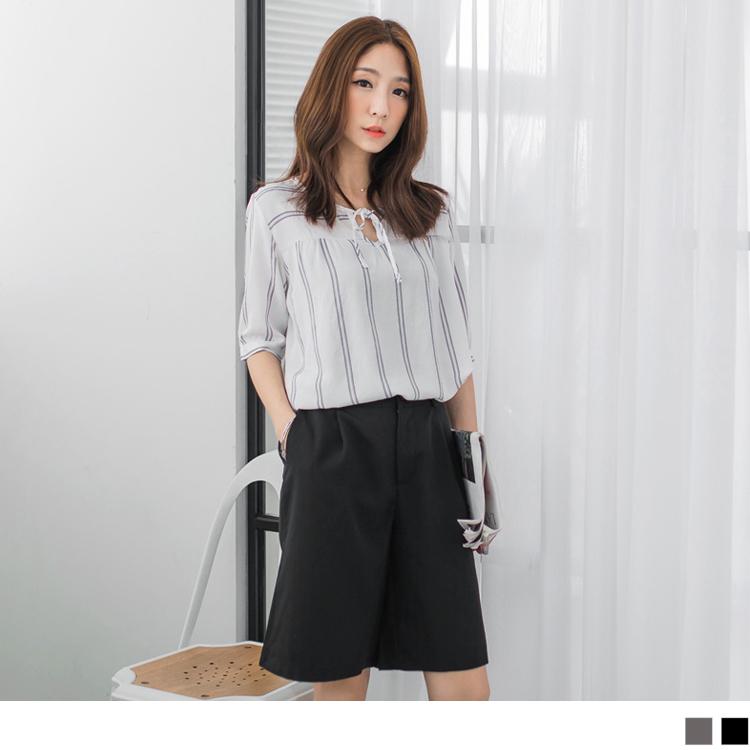 0425新品 素色打摺五分西裝寬褲.2色