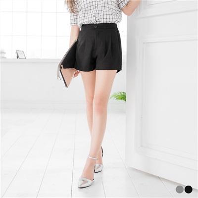 0426新品 素色小荷葉邊開釦打褶短褲.2色
