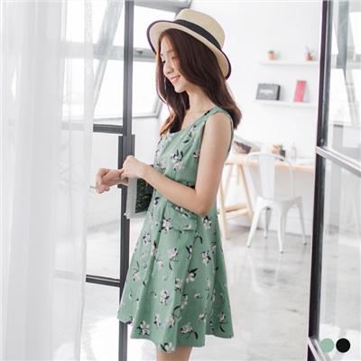 0428新品 滿版印花修身剪裁無袖洋裝.2色