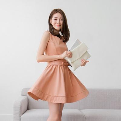 0428新品 純色腰蝴蝶結造型X修身剪裁洋裝