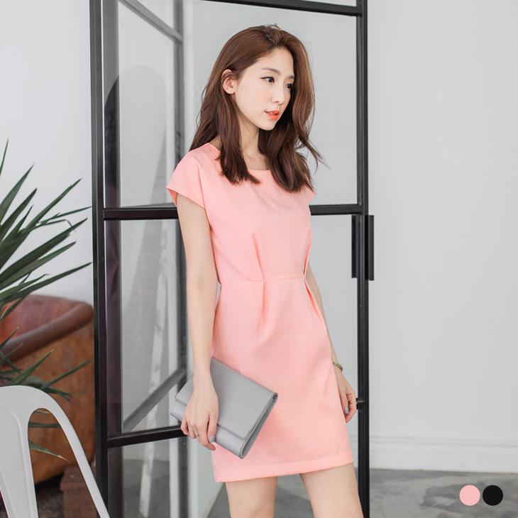 0426新品 純色腰ob design打摺設計連袖剪裁洋裝.2色