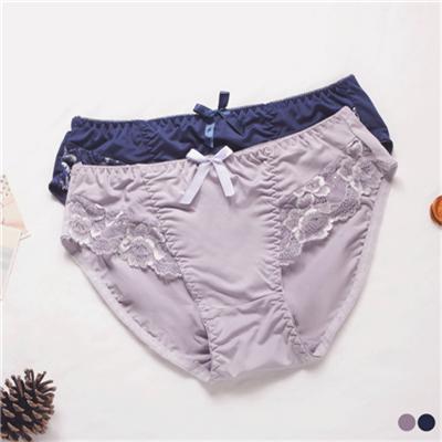 0506新品 【特價款】 質感雕花透膚蕾絲拼接內褲•2色