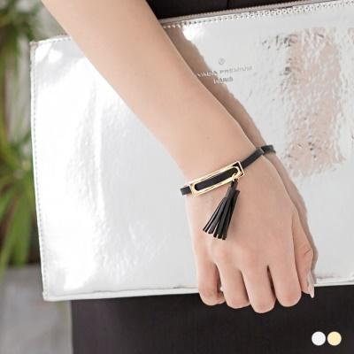 【奢華飾品?2件68折】流蘇皮革金屬釦式手環.2色
