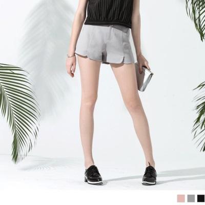 0523新品 圓弧口袋造型開衩西裝短褲.3色