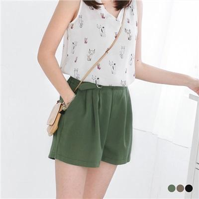 0615新品 純色質感金屬釦環腰鬆緊打褶短褲.3色