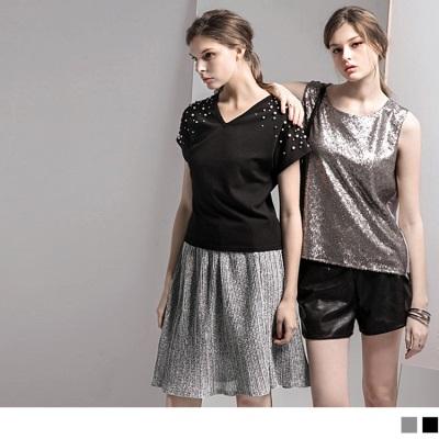 0518新品 金屬光澤細褶傘擺裙.2色