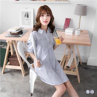 0518新品 直條紋棉感V剪裁半開襟短袖洋裝.2色
