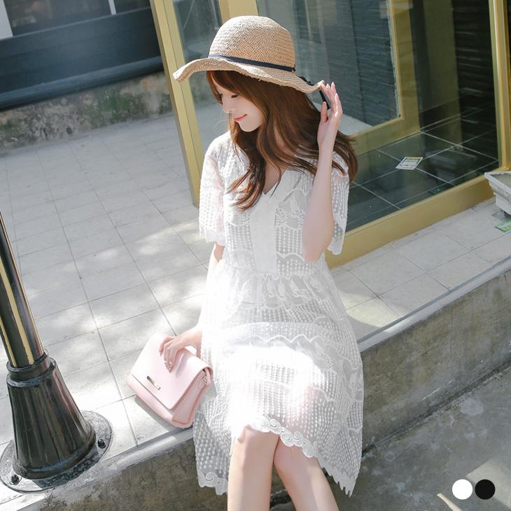 0518新品 蕾絲點點葉子透膚V領五分袖洋ob客服裝.2色
