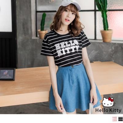 0616新品 HELLO KITTY字母印圖滿版橫條紋上衣.2色