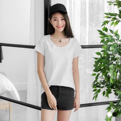 0606新品 星星流蘇頸圈吊飾造型T恤.2色