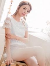 網紗雕花拼接袖下襬抓皺鬆緊純色蕾絲上衣