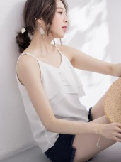 水波壓紋珍珠釦細肩帶層次背心.2色