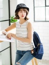 台灣製造.素色橫條鏤空領口單邊口袋無袖上衣.3色