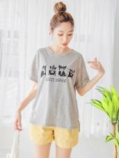 台灣製造.高含棉可愛法鬥印花下襬開衩圓領上衣