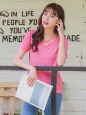 素色交叉鏤空領口設計彈性上衣