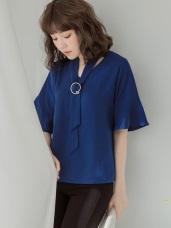 金屬釦領巾造型落肩喇叭袖雪紡上衣.2色