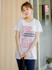 粉嫩色英文字燙印拼布造型竹節棉上衣.2色
