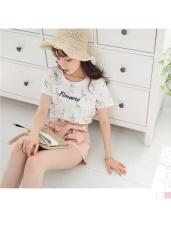 浪漫花朵圖案綴英文字刺繡設計竹節紋上衣.2色