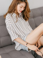 直條紋排釦五分袖雪紡寬鬆襯衫