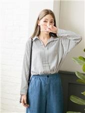 條紋壓摺半開襟襯衫領上衣