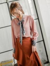 純色拼接絲絨領巾造型雪紡上衣