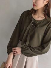 純色蝴蝶結綁帶造型縮口袖雪紡上衣