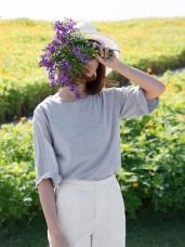 高含棉反褶英字刺繡造型短袖上衣