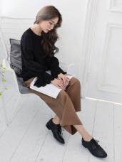 黑純色拼接蕾絲造型圓領上衣