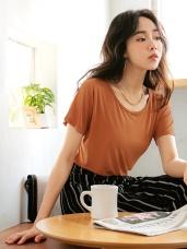 純色調垂墜感貼身圓領短袖涼爽上衣T恤