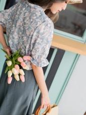 高質感滿版花朵印花綁帶領雪紡上衣