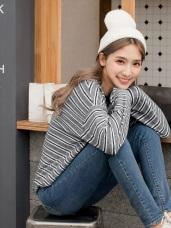 柔軟毛料配色橫條紋寬鬆毛衣