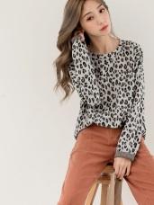 時髦潮流豹紋印花針織上衣