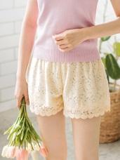 甜美布蕾絲彈性腰圍高含棉短褲