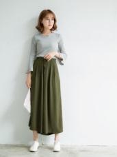 純色質感面料打摺設計寬褲
