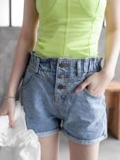 排釦造型褲管反褶牛仔短褲‧2色