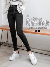 褲頭雙釦造型純色彈性牛仔窄管褲