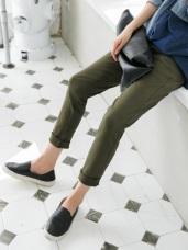 素色牛仔面料印花口袋毛邊造型直筒長褲