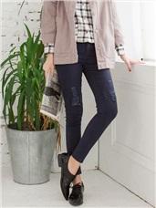 排釦高腰個性抓破純色窄管褲.4色