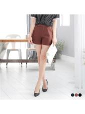 素色圓環褲頭造型打摺西裝短褲.3色