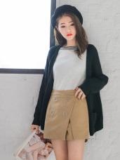 純色毛呢質感排釦造型前開衩設計褲裙.2色