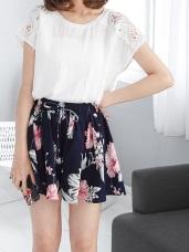 腰圍鬆緊抽繩壓皺質感花朵印花短褲裙.2色