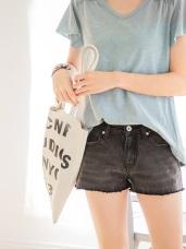 質感刷色破損造型抽鬚牛仔短褲.3色