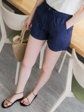 素色舒適透氣腰鬆緊綁帶休閒短褲.2色