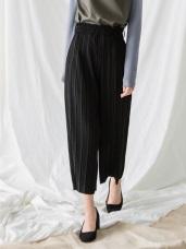 素色打褶造型腰圍鬆緊寬版褲