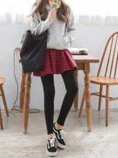 傘狀裙襬拼接素色內搭褲