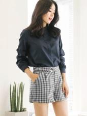 腰帶造型格紋短褲