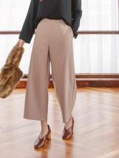 純色俐落寬鬆版褲