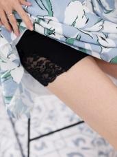 側邊無痕蕾絲拼接包臀安全褲