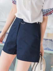 造型釦環設計高含棉素面短褲